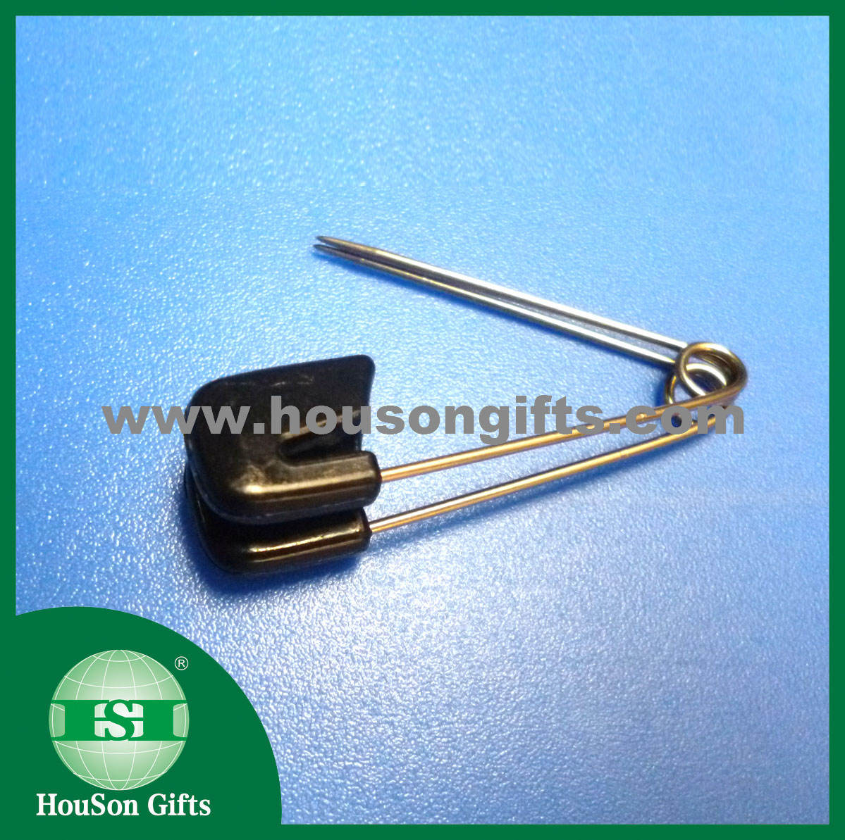 Brass safety pin