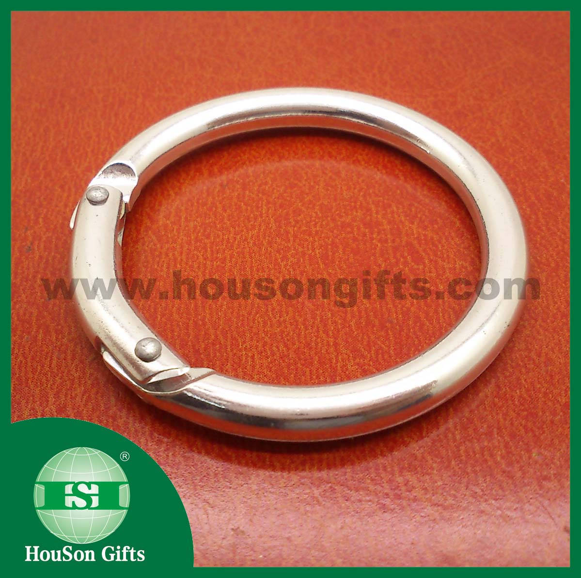 Silver round snap hook