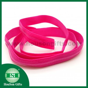 Sport bra strap with silicon